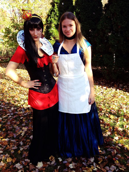 red queen and alice costumes
